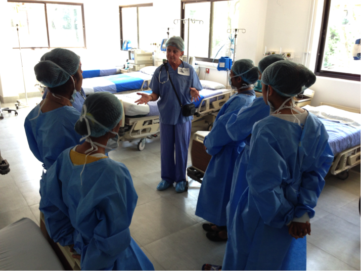 pacu nurseeducator sandy dore harris talks with nurses kirtipur hospital about key principles of the post op recovery room